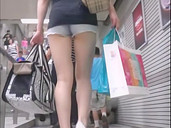 minipants chinese girls with sexy legs