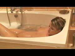 Step-sister in baths