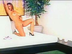 Casting - Hot Brunette