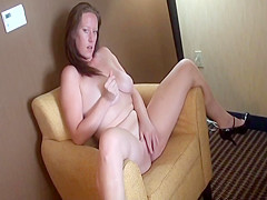 Amateur Chubby Megan Knight Finger Fucks Herself