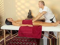 Massage loving beauty spreads her legs