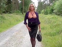 Secretary lunch time stroll