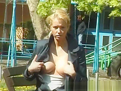 young chick pissing outdoor
