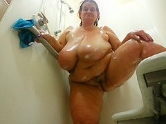 fat mom playing in shower