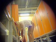 LockerRoom Spy Girls Dress Up in the Locker Room Sporting club Spycam