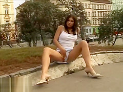 UK girl public pussy play