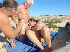 xhamster silver stallion beach sex with juicecouple