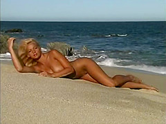 Perfect tits blond naked in public outdoors by the water part 1