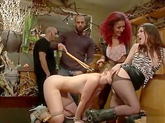 Brunette anal banged in flower shop