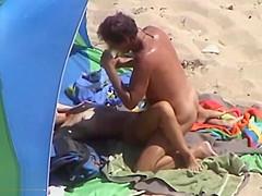 Sexo En La Playa 08
