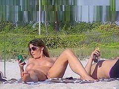 Beach voyeur - pussy view