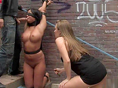 Slave takes bondage tour in public