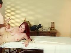 Roundass massage beauty gets pussyfucked