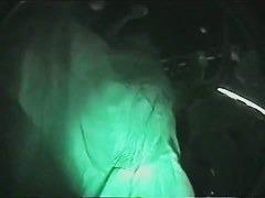 クラブで踊るミニスカ女性達を暗視カメラで逆さ撮り