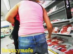 Thong sticks out of sexy butt and tight jeans in public