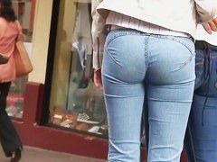 Hot amateur street candid booty