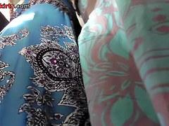 Hawt details of beauties dark belt up petticoat