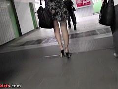 Public upskirt of the juvenile beauties ass