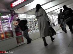 Hotty on escalator nylons upskirt