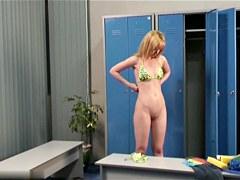 Change Room Voyeur Video N 44