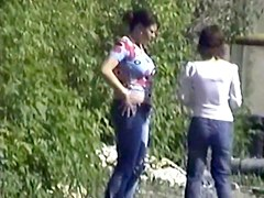 Girls Pissing voyeur video 8