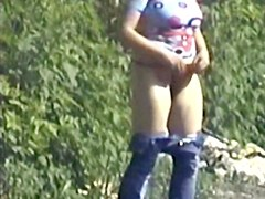 Girls Pissing voyeur video 8