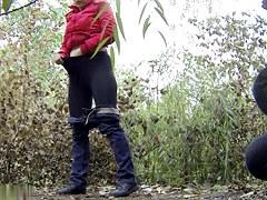 Girls Pissing voyeur video 9
