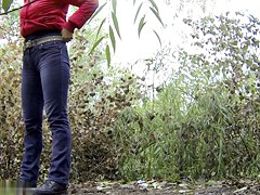 Girls Pissing voyeur video 9