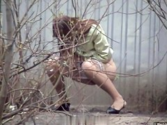 Girls Pissing voyeur video 59