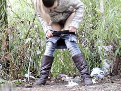 Girls Pissing voyeur video 61