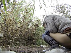 Girls Pissing voyeur video 61