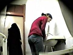 Girls Pissing voyeur video 86