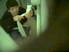Girls Pissing voyeur video 100