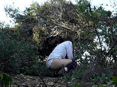 Girls Pissing voyeur video 115