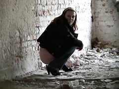Girls Pissing voyeur video 118