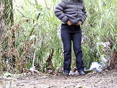 Girls Pissing voyeur video 126