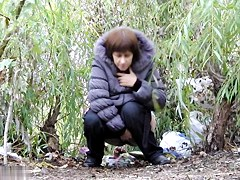 Girls Pissing voyeur video 126