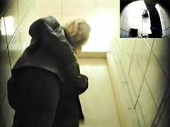 Girls Pissing voyeur video 148