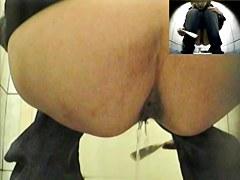 Girls Pissing voyeur video 157