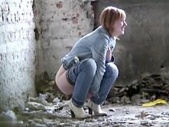 Girls Pissing voyeur video 176