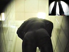 Girls Pissing voyeur video 186