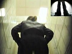 Girls Pissing voyeur video 194