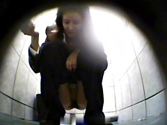 Girls Pissing voyeur video 201