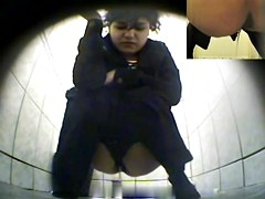 Girls Pissing voyeur video 206