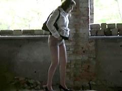 Girls Pissing voyeur video 212
