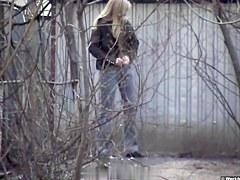 Girls Pissing voyeur video 240