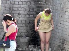 Girls Pissing voyeur video 252
