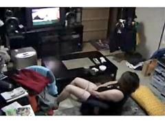 Oh la la. milf masturbating watching a porno !