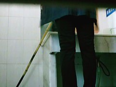 Asian girl texting while pissing voyeur spy video for download