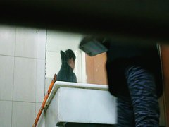 Asian sugar pees before a squat toilet spy cam